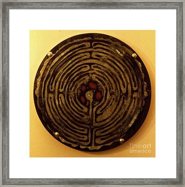 Labyrinthe Framed Print