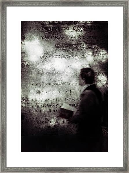 Le Lecteur Framed Print