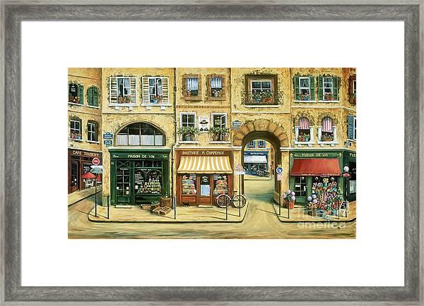 Les Rues De Paris Framed Print