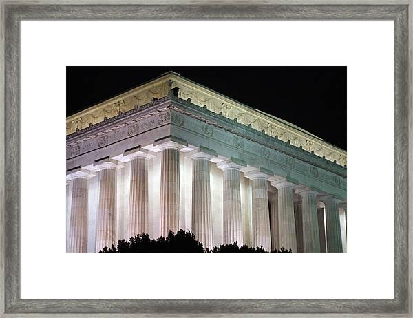 Lincoln Memorial At Night Framed Print