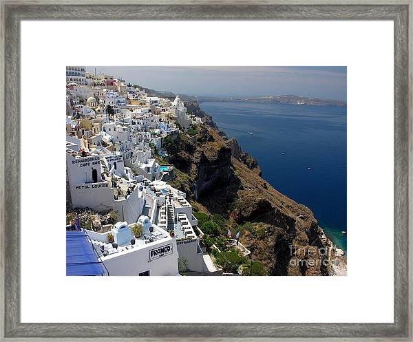 Framed Print featuring the photograph Living On The Edge by Mel Steinhauer