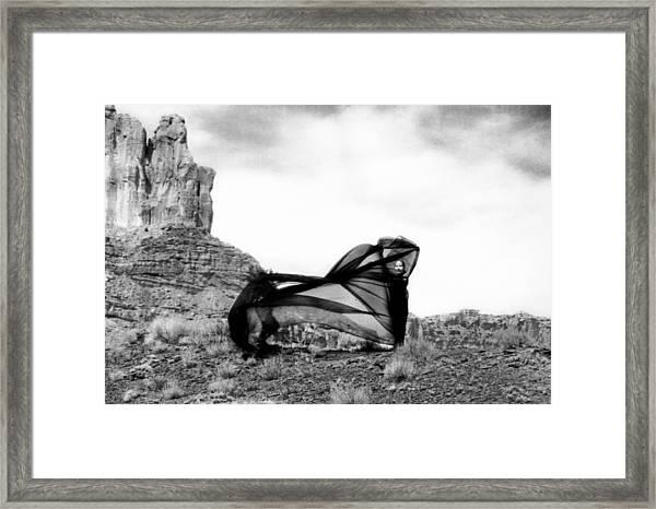 Llydia En El San Rafael Framed Print