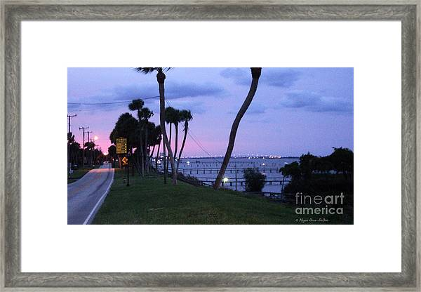 Looking North2 Framed Print