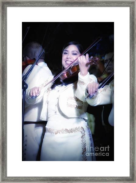 Mariachi Mujer Framed Print