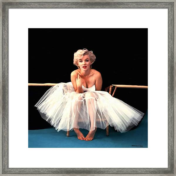 Marilyn Monroe Portrait Framed Print