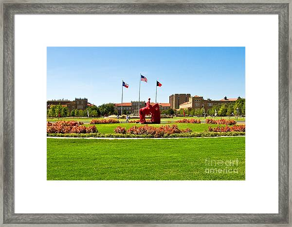 Framed Print featuring the photograph Memorial Circle by Mae Wertz