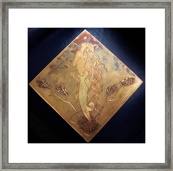 Mermaid With Pearl Framed Print