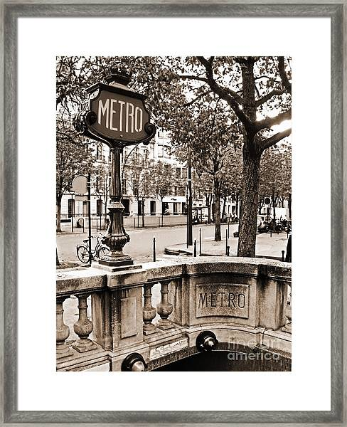 Metro Franklin Roosevelt - Paris - Vintage Sign And Streets Framed Print