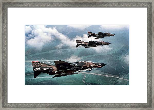 Mig Killers Framed Print by Peter Chilelli