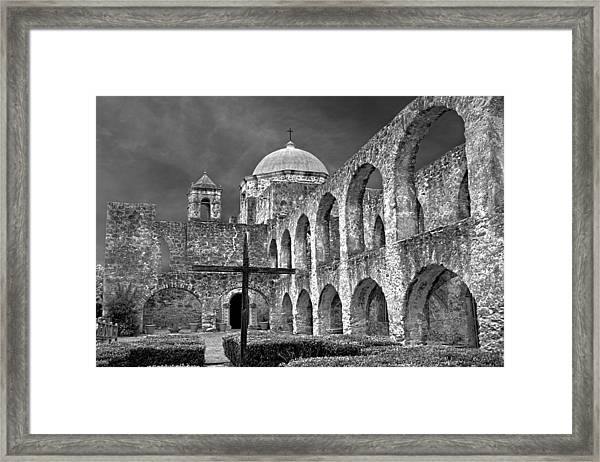 Mission San Jose Arches Bw Framed Print