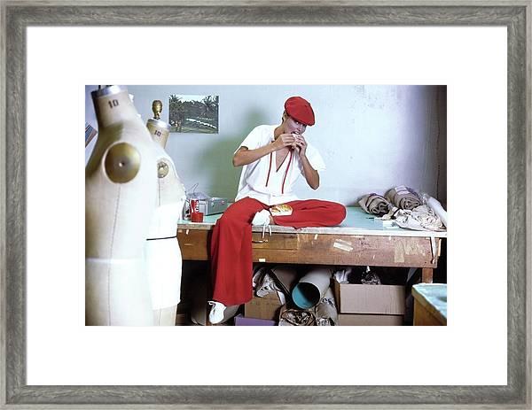 Model Wearing A Geoffrey Beene Ensemble Framed Print by Ishimuro