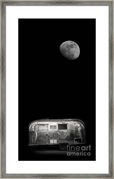 Framed Print featuring the photograph Moonrise Over Airstream by Edward Fielding