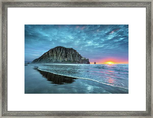 Morro Sunset Framed Print by Tom Grubbe
