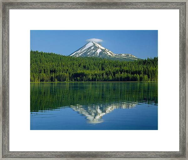 1m5705-h-mt. Mcloughlin From Lake Of The Woods Framed Print