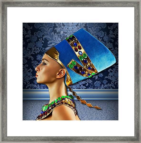 Nefertiti 2 Framed Print by Karen Showell