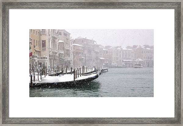 Nevica 3 Framed Print by Izabella V?gh