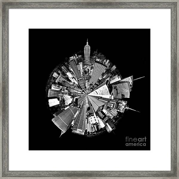 New York 2 Circagraph Framed Print