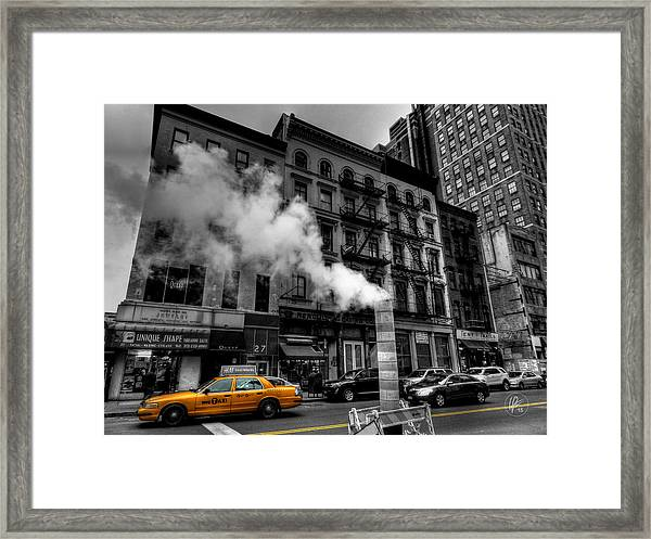 Framed Print featuring the photograph New York City - Lower Manhattan 006 by Lance Vaughn