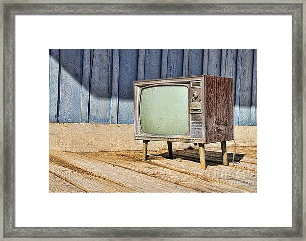 No Channel Surfing - Tv By Diana Sainz Framed Print