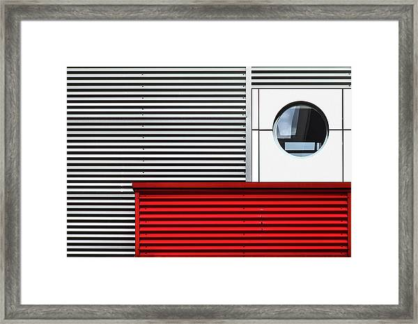 O & Lines. Framed Print by Harry Verschelden