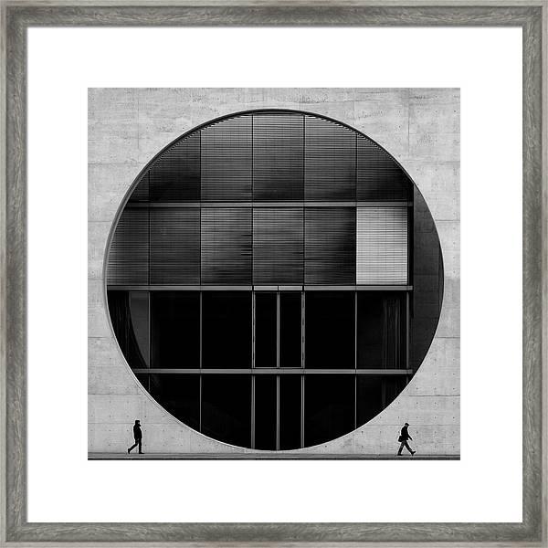 O2 Framed Print by Fernando Correia Da