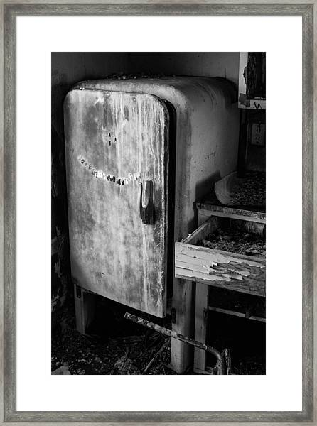 Old Refrigerator Photograph by Nathan Hillis