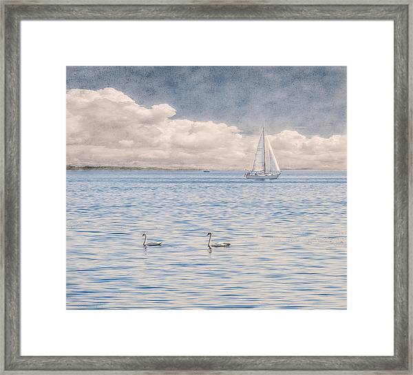 Framed Print featuring the photograph On A Summer's Breeze by Garvin Hunter