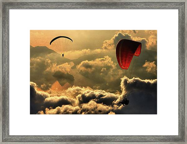 Paragliding 2 Framed Print