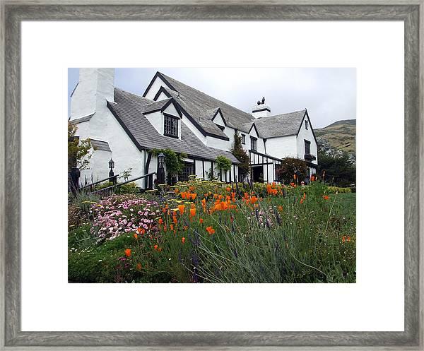 Pelican Inn Garden Framed Print