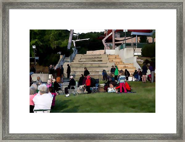 People In The Park Framed Print