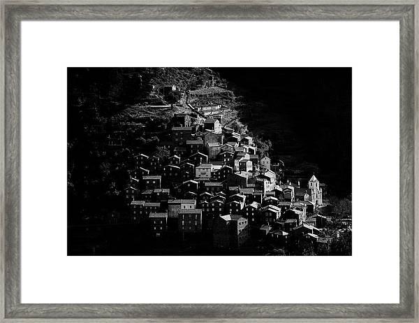 Pia?dao Framed Print by Rui Boino