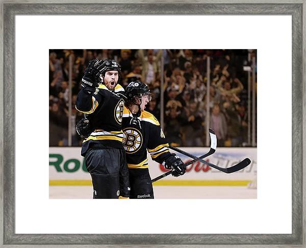 Pittsburgh Penguins V Boston Bruins - Framed Print by Bruce Bennett