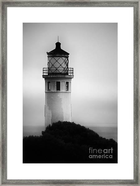 Pointe Vincente Lighthouse Framed Print