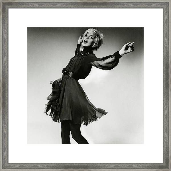 Portrait Of Goldie Hawn Framed Print by Bert Stern