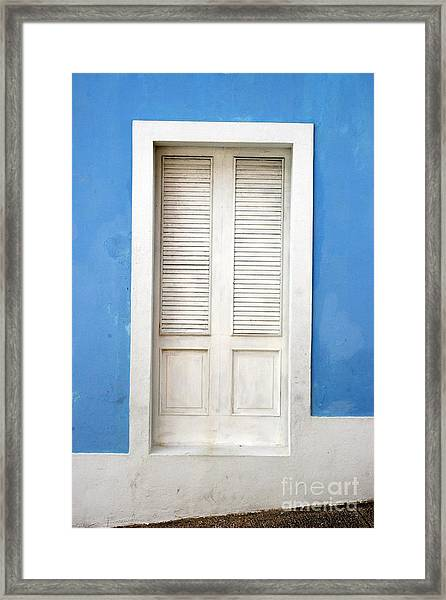 Puerta En El Viejo San Juan Framed Print