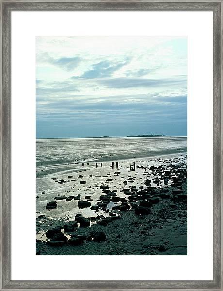 River Dee Estuary Framed Print by Dr Rob Stepney/science Photo Library