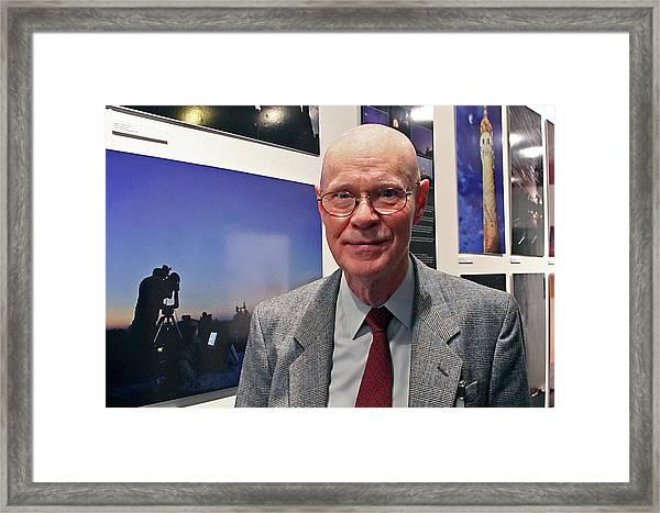Robert Wilson Framed Print by Babak Tafreshi/science Photo Library