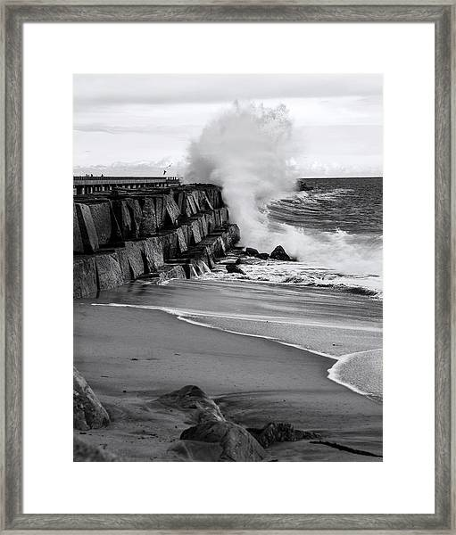 Rogue Bullet Wave Cabrillo Beach By Denise Dube Framed Print