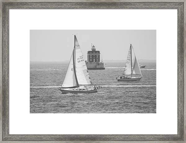 Sailing Past Ledge Light - Black And White Framed Print