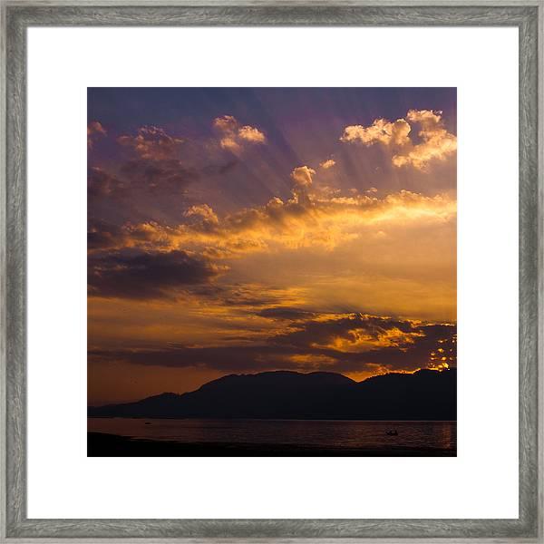 Setting Sunrays Framed Print