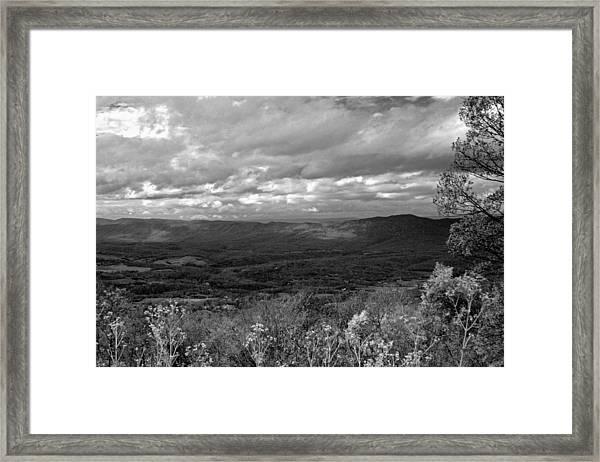 Shenandoah Splendor Bw Framed Print