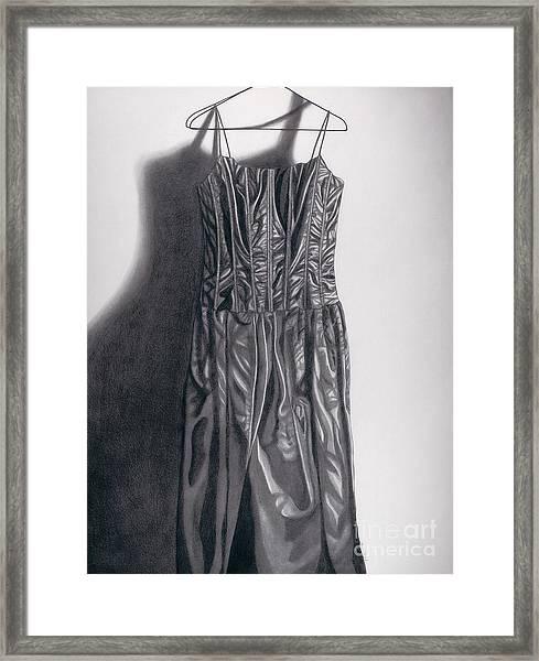 Sin Cuerpo Framed Print