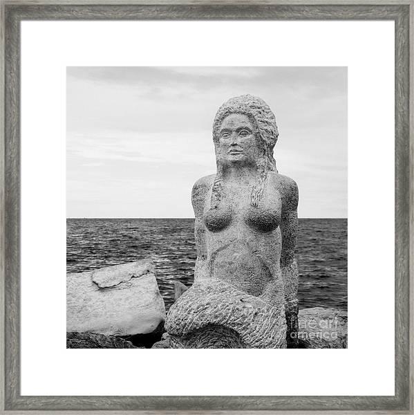 Sirene Framed Print