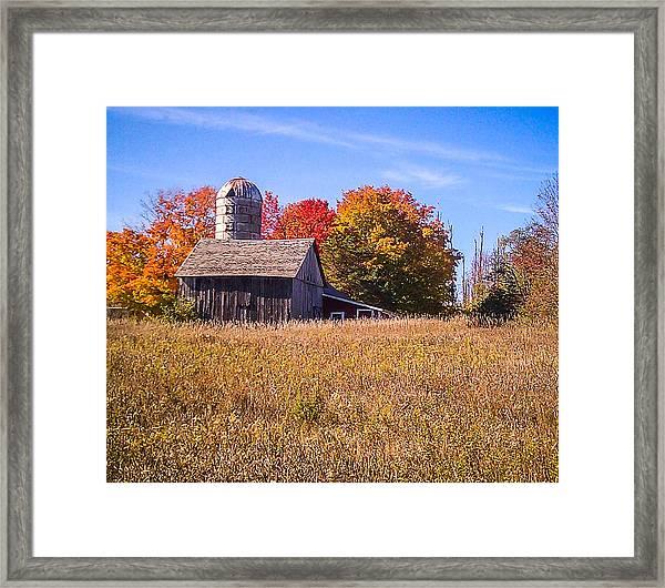Sister Bay Barn Framed Print