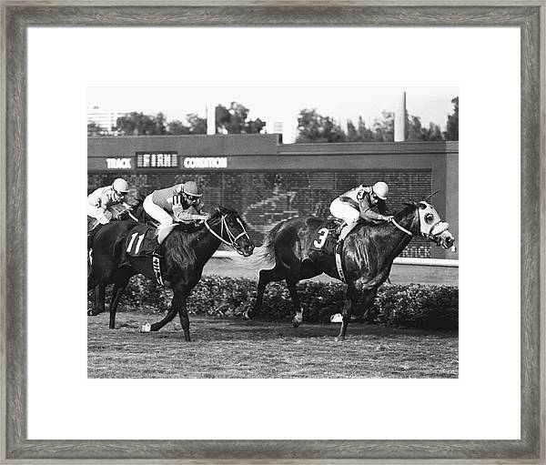 Small Virtue Horse Racing Vintage Framed Print