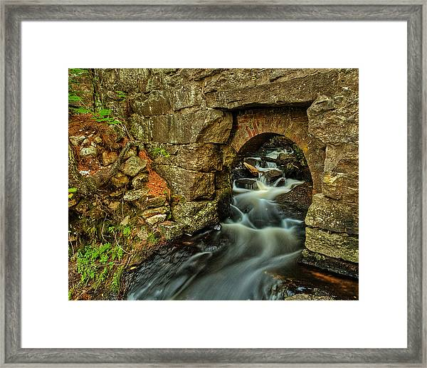 Snow Falls Gorge Framed Print