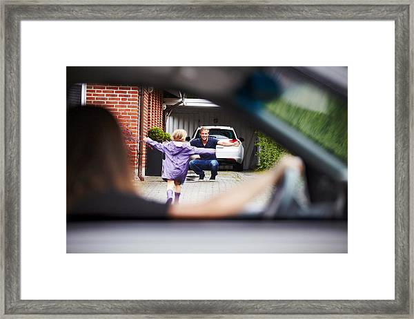 So Excited To See Daddy! Framed Print by PeopleImages