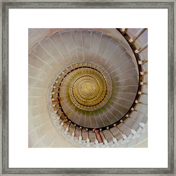 Spirale Du Phare Des Baleines Version Carree Framed Print