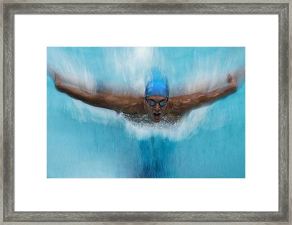 Splash Framed Print by Milan Malovrh