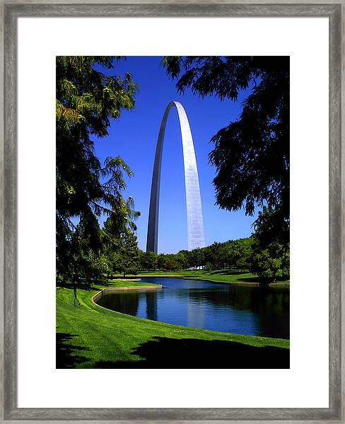 St Louis Gateway Arch Framed Print